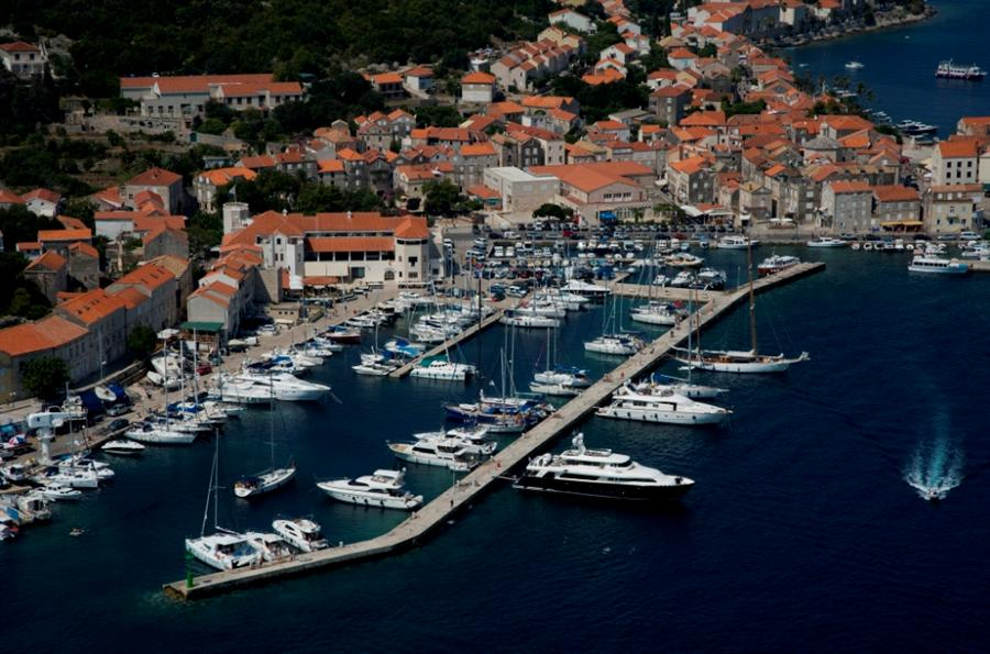 aci marina korcula photo